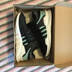 Women's size 6.5 Adidas EQT tennis shoes